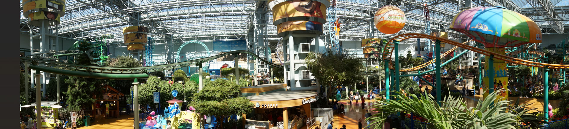 MoA fits an amusement park with 27 rides right in the middle of the Mall.